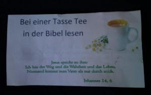 bir fincan çay eşliğinde İncil okuyalım!