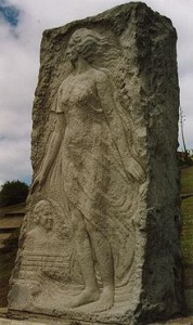 220px-Monumento_a_Alfonsina_Storni